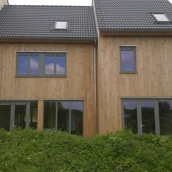 Maison Bois Paille. Habitation Type En Ossature Bois à Faible Coût